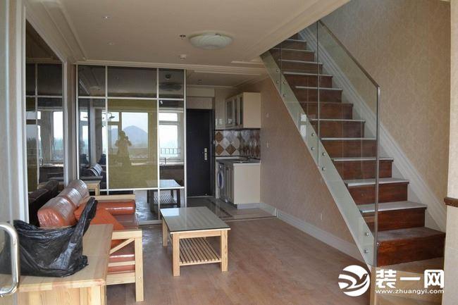自建房樓梯尺寸多少合適?自建房樓梯設計效果圖