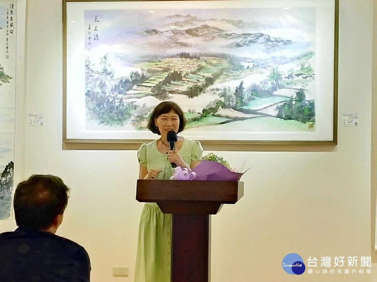心靈畫家康佳雯特展 攜筆走天涯中西畫法合璧