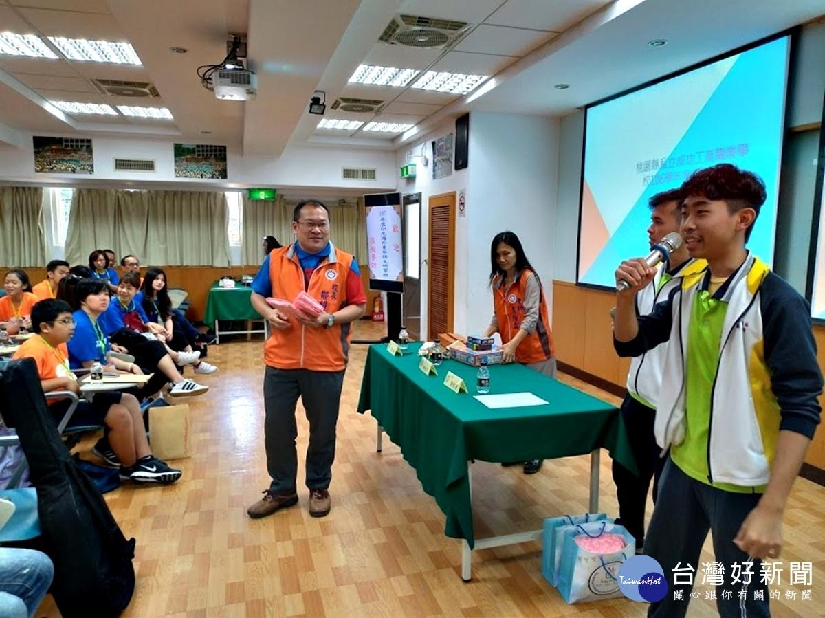 印尼海外青年語文研習班參訪 盛讚成功工商全球視野治校