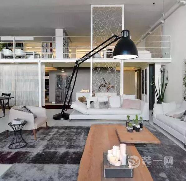 意大利攝影師的LOFT公寓 寬敞顯得充滿生活氣息