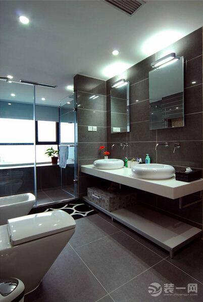藍白主色調裝修 16萬塑造146平東南亞風格豪宅